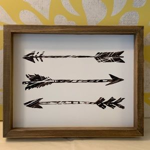 Arrow wall decor